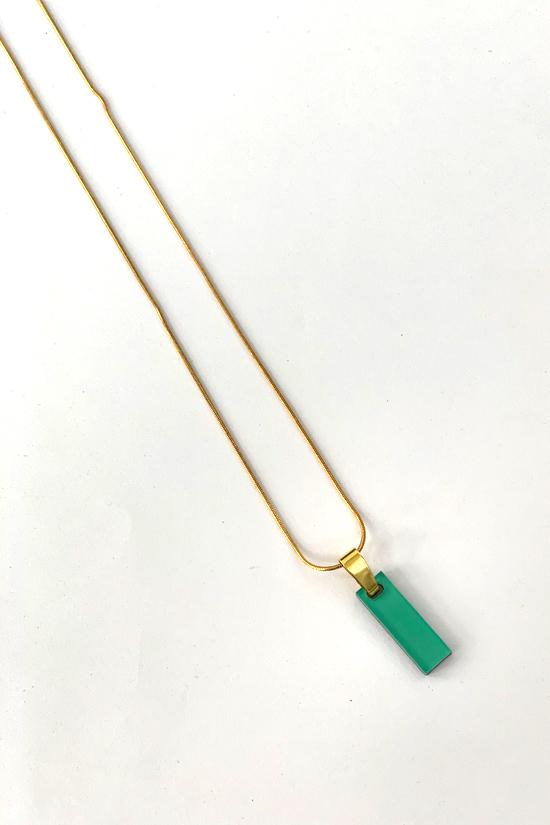 Collar matita esmeralda