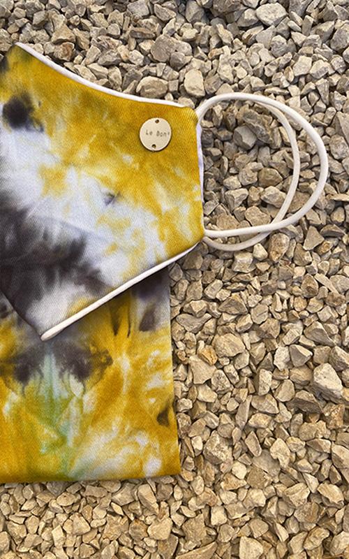 Black&yellow tie dye mask y colgador